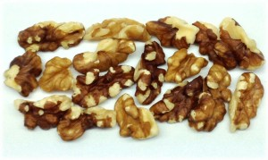 Combo Large Pcs 300x179 Shelled Walnuts