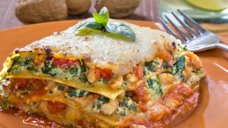 spinach lasagna with walnut pesto Recipes